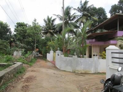 1220 Sq.ft Double Storey House for sale at Kumaranalloor, Kottayam