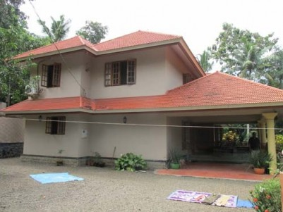 Posh Villa for sale at Chengannur, Alappuzha.