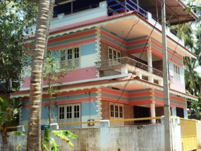1500 Sqft on 3.5 cent 3 Bhk Attached House For Sale at Puthiangadi, Calicut.