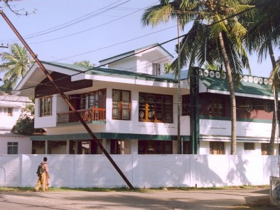 Spacious Villa For Sale/Rent at Thoppumpady, Ernakulam