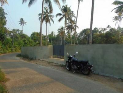 Property near Vembanad Lake, Thanneermukkom, Alappuzha for Sale