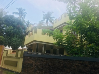 Independent house for sale at Olari, Thrissur
