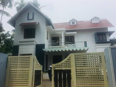 Modern villa for sale at Pullazhi, Thrissur
