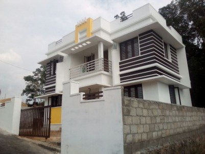 New house for sale at Mulanthuruthy, Ernakulam