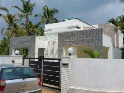 Beautiful House for sale at Palakkal, Thrissur