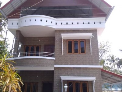 1640 Sqft on 4 Cent House for Sale at  Vypin, Ernakulam.