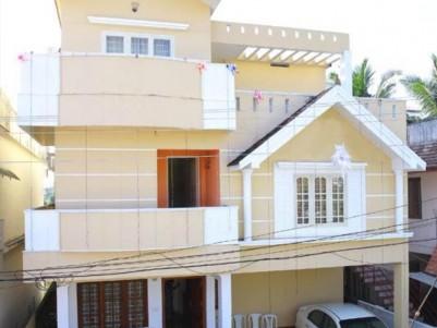 5 BHK House for sale at Vinoba Nagar, Near Kadavanthra, Ernakulam