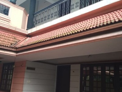 2000 Sq Ft 4 BHK House for sale at Edappally Toll Junction , Ernakulam
