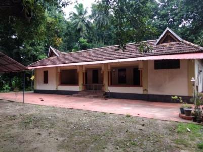 Traditional Nalukettu House for sale at Karunagapally, Kollam