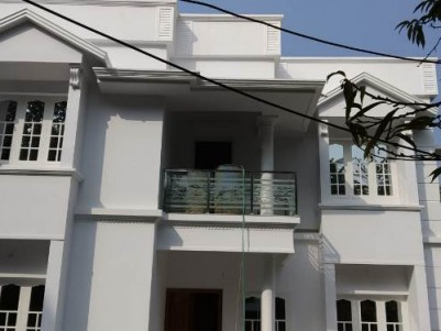 1600 Sq Ft 4 BHK on 3.4 Cent House For Sale at Varapuzha, Ernakulam.