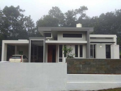 2000Sq.ft 3BHK POSH House on  10cents of Land for sale at Payayapappar  Pala Kottayam