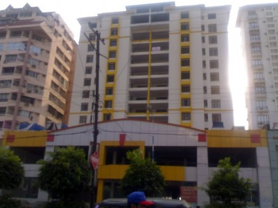 2700 Sq Ft Residential Apartment For Rent at Marine Drive, Ernakulam.