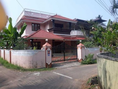 4 BHK House  for Sale at Perumbavoor, Ernakulam.
