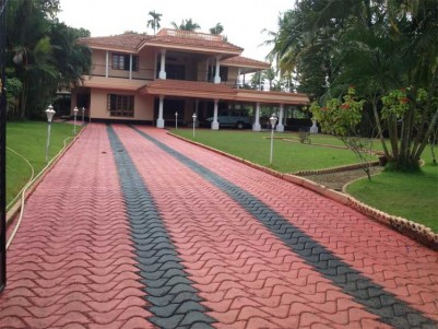 6 BHK Independent House for Sale at Near Nedumbassery, Ernakulam.