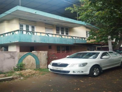 Land with Old House For Sale at Panampilly Nagar, Ernakulam.