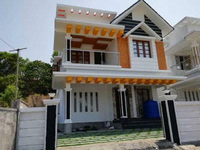 1700 Sq.Ft, 3 BHK House on 4 Cents for Sale at Kakkanad (info park)