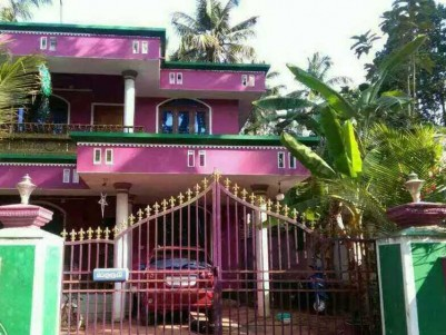 2500 Sq.Ft 4BHK House on 9.75 Cents for Sale at Irinjalakuda, Thrissur