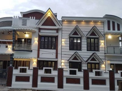 3800 SqFt, 5 BHK House on 7 Cents of Land for Sale at Elamakkara, Ernakulam