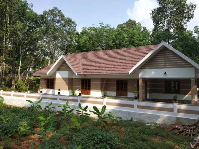3 BHK, 1650 SqFt House on 11 Cents at Ponkunnam Road, Pala