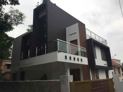 Brand New Architect Designed Ready to Occupy 4 BHK House for Sale at Mudavanmugal, Poojappura.