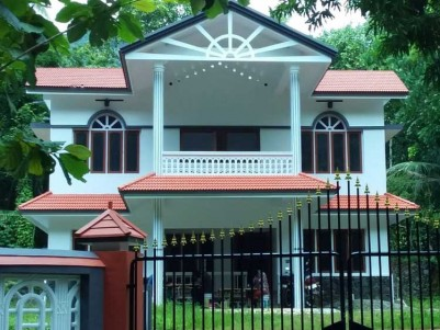 2800 SqFt, 5 BHK House on 22.5 Cents of Land for Sale at Thodupuzha, Kalayanthani