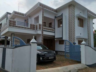 5 BHK Luxury Villa for Sale at Perumbavoor, Ernakulam.