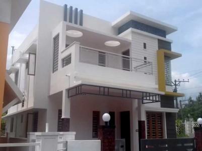 4 BHK, 1900 SqFt House on 4.5 Cent for Sale at Pallikkara, Ernakulam