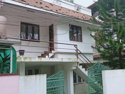 3 BHK, 1600 SqFt House on 4 Cents of Land for Sale at Kadavanthra, Ernakulam