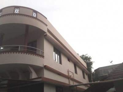 1200 SqFt, 3 BHK House on 2 Cent for Sale at Eroor, Vytila, Ernakulam