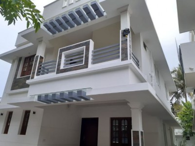 1800SQ.FT 3BHK Attached New house on 3.5cents of land for sale at Edapally Ernakulam
