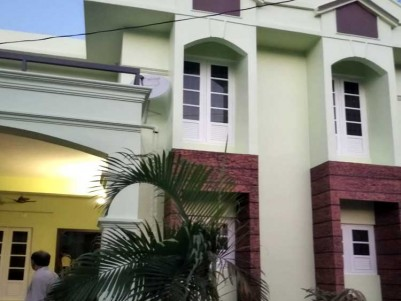 2200 SqFt 4 BHK House on 5 Cents of Land for Sale at Aluva, Elookkara