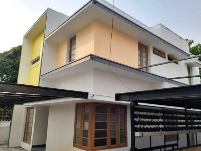New 3 BHK, 1400 SqFt House on 3.900 cents for Sale at Kandanad, Tripunithura