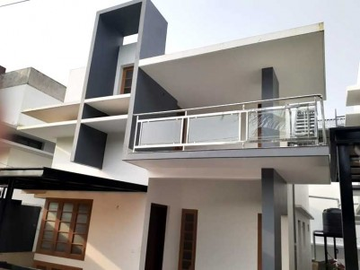 3 BHK, 1300 SqFt New House on 3 cents for Sale at Kandanad, Tripunithura