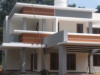 2500 SqFt, 4 BHK House on 13 Cents for Sale at Pala