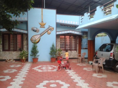 Independent House with 10 Cents of Land for Sale at Anchalummood Town, Kollam.