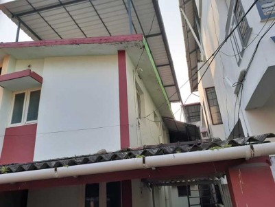 3 BHK, 1000 SqFt House on 2.25 Cents for Sale at MIG Panampilly Nagar, Ernakulam