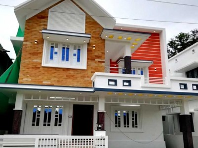 3 BHK, 1500 SqFt House on 3 Cents for Sale at Pukkattupady, Aluva