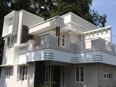 4 BHK, 1600 SqFt House on 4 Cents for Sale   at Varapuzha, Puthanpalli, Olanadu, Ernakulam