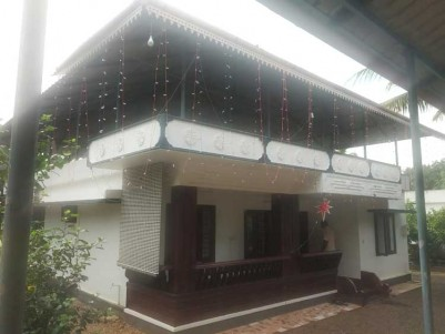 2000 SqFt, 4 BHK House on 14 Cents for Sale at Ettumanoor Town, Kottayam