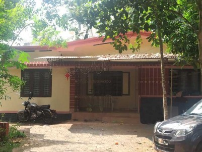 16.5 Cents, 1500 SqFt House for sale at Near Athirambuzha Church, Kottayam