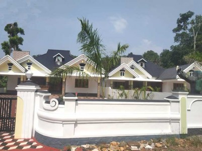 2450 SqFt, 4 BHK House on 19 Cents for sale at Athirampuzha church - Kottayam