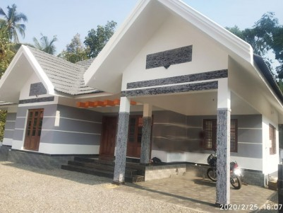 3 BHK, 1500 SqFt House in 9 Cents for sale at Kummannoor, Pala