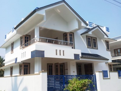 House for sale at I.N.T.U.C, Ernakulam