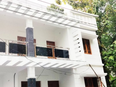 2200 SqFt, 4 BHK House in 4.25 Cents for sale at Vennala, Ernakulam