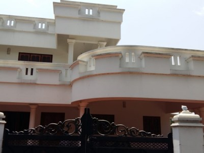 4 BHK, 3200 SqFt House in 7 Cent for sale at Kanjikuzhy, Kottayam