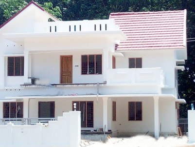 4 BHK, 2400 SqFt New House in 7 Cents for sale near Ammancherry, Kottayam