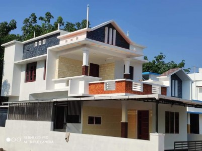 Semi Furnished 1500 SqFt House in 3 Cent for sale at Kuzhivelipady, Ernakulam