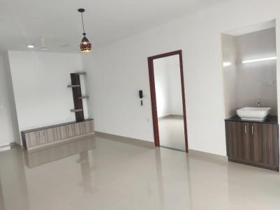 3 bhk new and furnished flat near Kowdiar