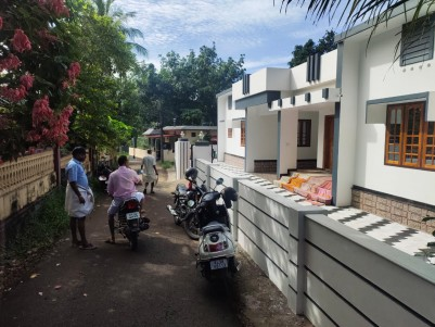 3BHK,1600SqFt House in 9 Cents for sale at Manakkad,Thodupuzha