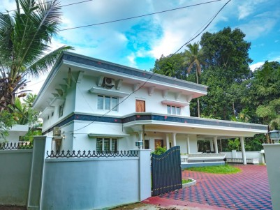 4500SqFt House in 24Cents for sale near Kottayam Town